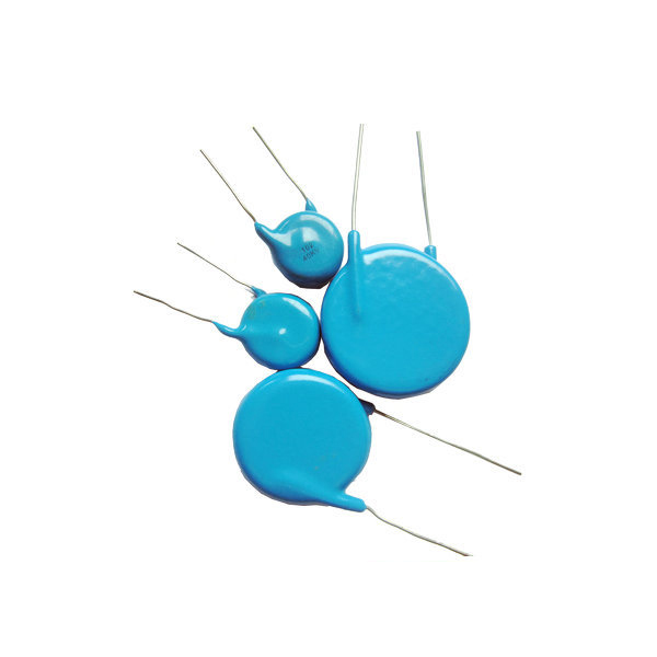 Voltage ceramic disc capacitor with silver contact